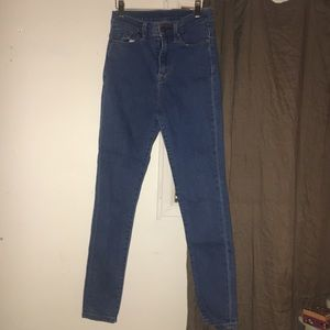 URBAN OUTFITTERS HIGH WAISTED BLUE SKINNY JEAN
